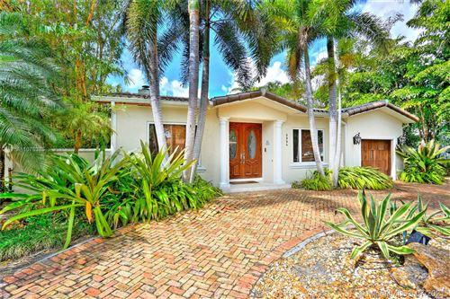 Photo of 5904 San Vicente St, Coral Gables, FL 33146 (MLS # A11076385)