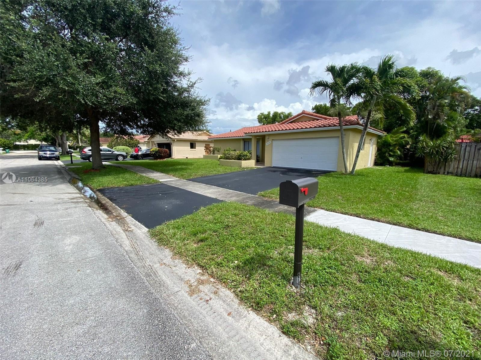 9658 NW 28th Ct, Coral Springs, FL 33065 - #: A11064385