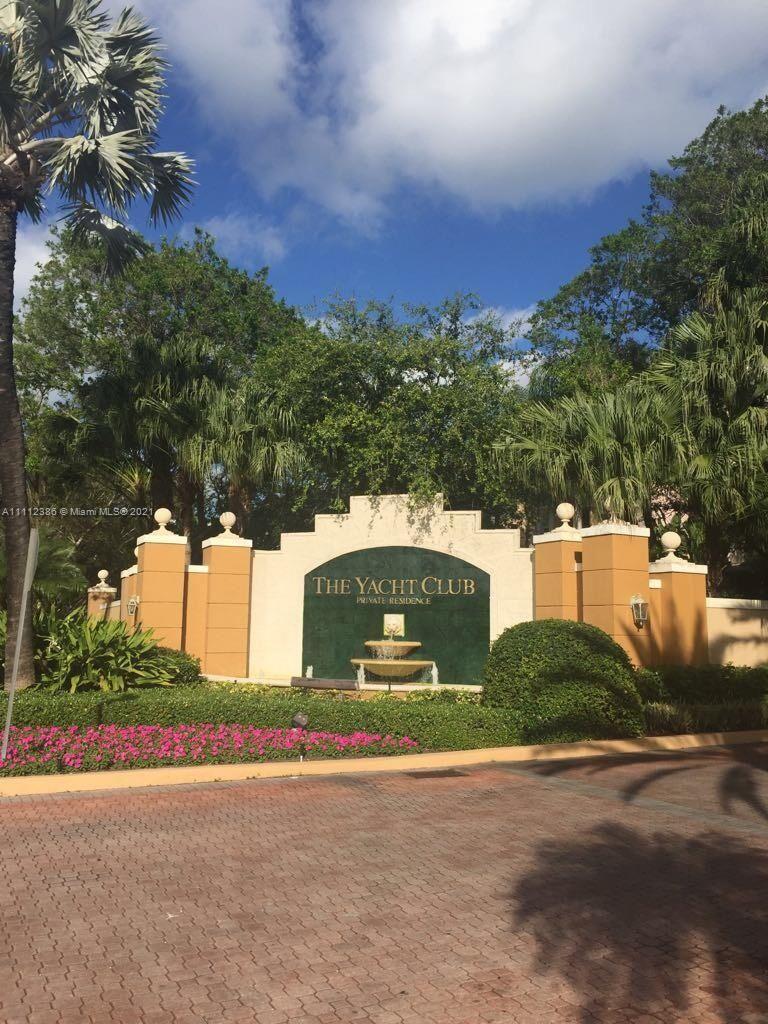 Photo of 19555 E Country Club Dr #8/304, Aventura, FL 33180 (MLS # A11112386)