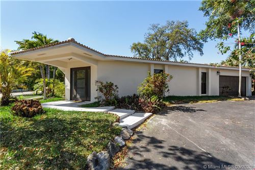 Photo of 3300 N 41st Ct, Hollywood, FL 33021 (MLS # A10751387)