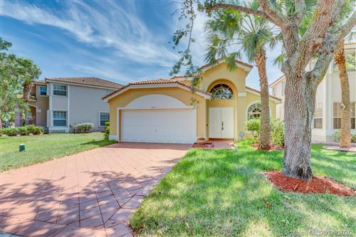 Photo of Listing MLS a10842387 in 5331 NW 125th Ave Coral Springs FL 33076