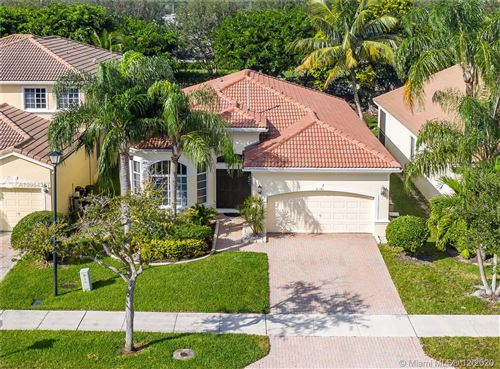 Photo of 6101 SW 195th Ave, Pembroke Pines, FL 33332 (MLS # A10964387)