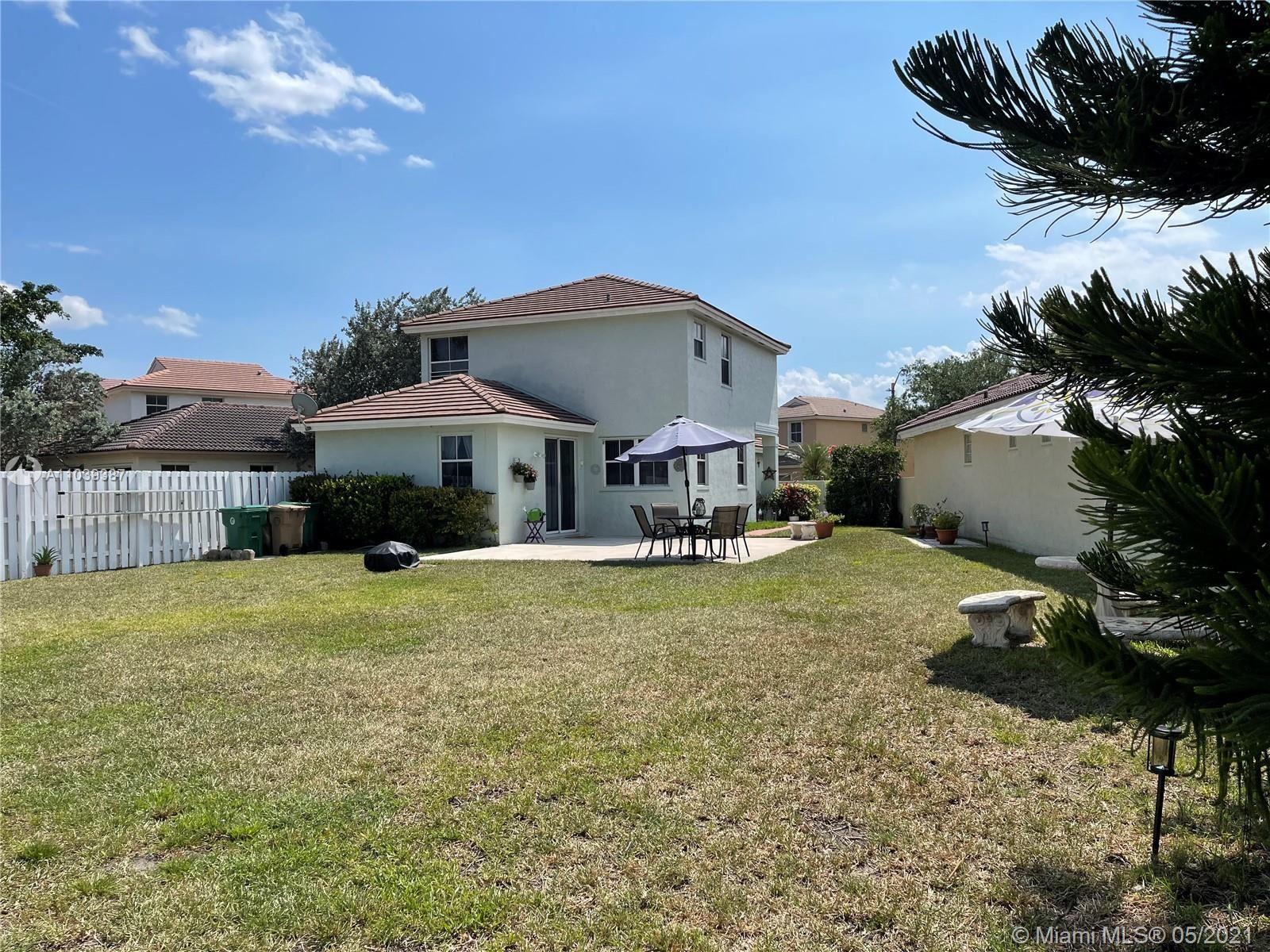 Photo of 6948 SW 148th Ln, Davie, FL 33331 (MLS # A11039387)