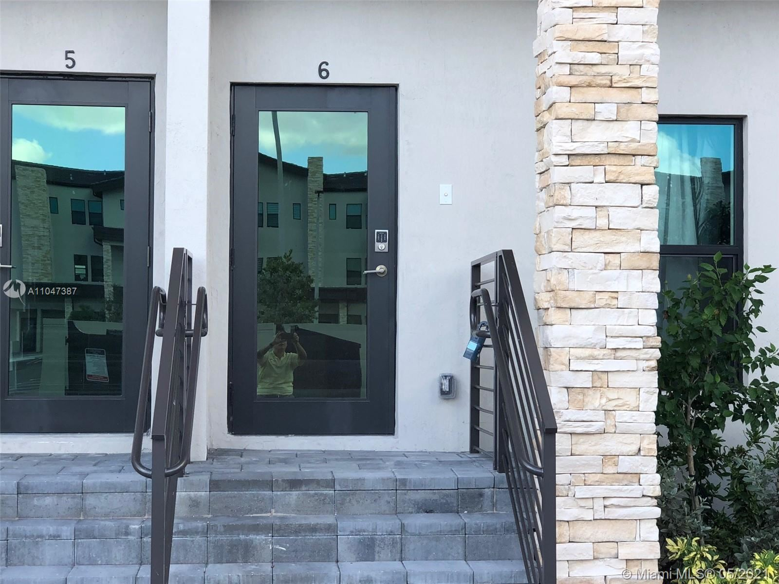 10467 NW 82nd St #6, Doral, FL 33178 - #: A11047387