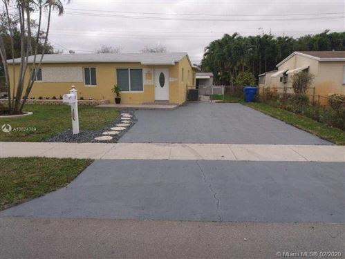 Photo of Listing MLS a10824389 in 1500 N 71st Ave Hollywood FL 33024