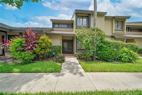 Photo of 8777 Cleary Blvd, Plantation, FL 33324 (MLS # A11078389)