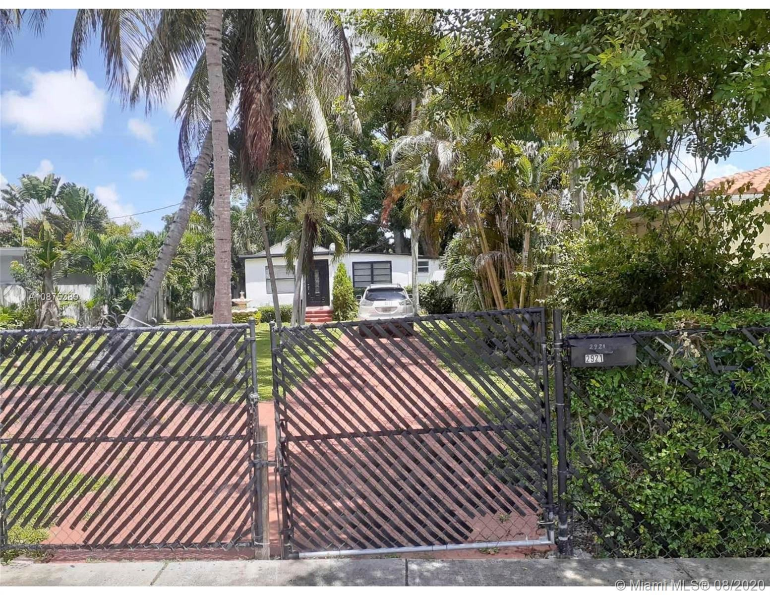 2921 SW 35th Ave, Miami, FL 33133 - #: A10875389