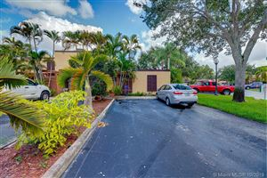 Photo of 1261 W Golfview Dr, Pembroke Pines, FL 33026 (MLS # A10757390)