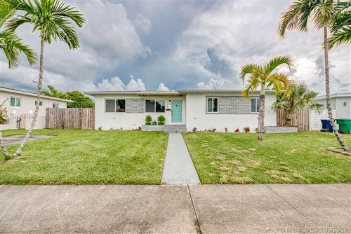Photo of 11601 SW 141st St, Miami, FL 33176 (MLS # A11101390)