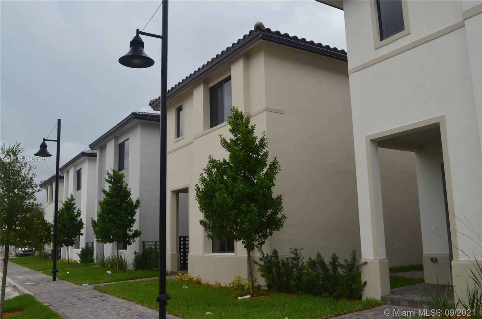 4445 NW 82nd Ave, Doral, FL 33166 - #: A11083391