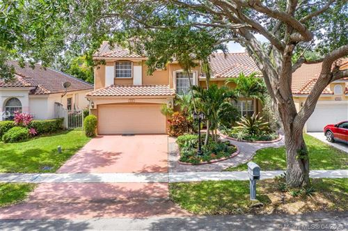 Photo of 2722 Cayenne Ave, Cooper City, FL 33026 (MLS # A11017392)