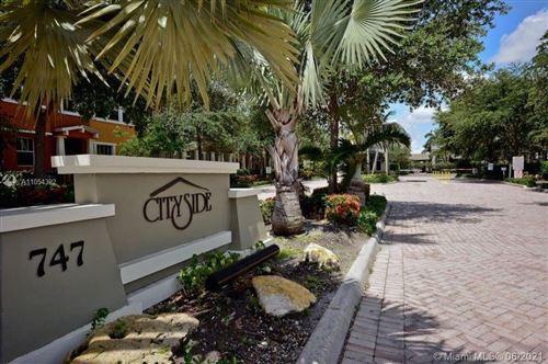 Photo of 833 Millbrae Ct #5, West Palm Beach, FL 33401 (MLS # A11054392)