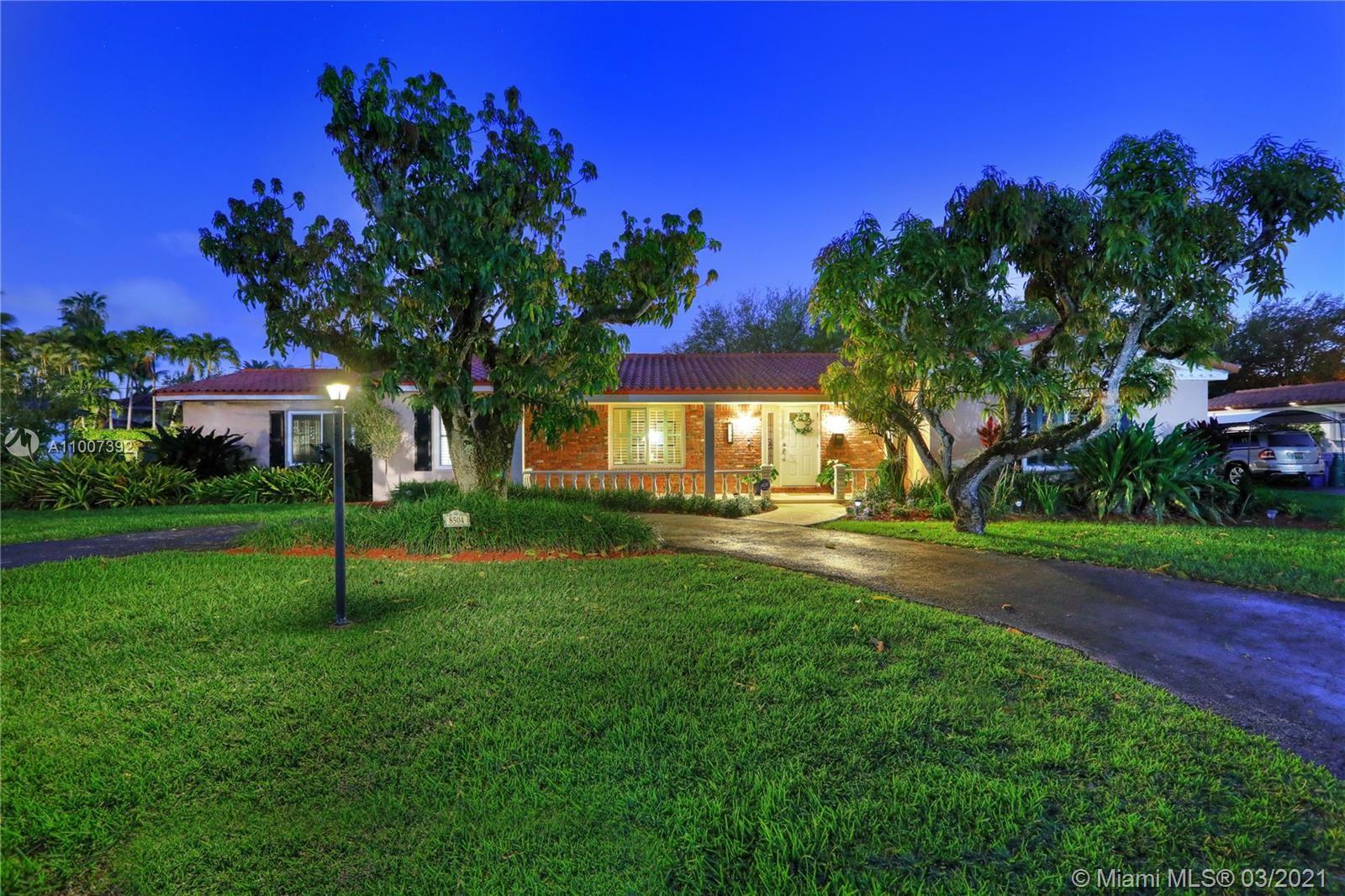 8504 SW 75 St, Miami, FL 33143 - #: A11007392
