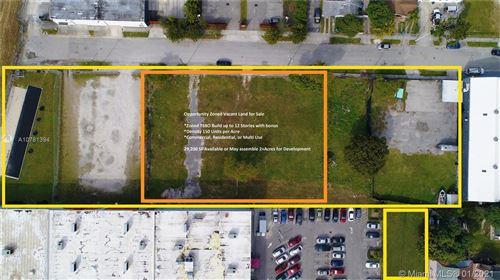 Photo of 90-102 NE 24th St, Miami, FL 33137 (MLS # A10781394)