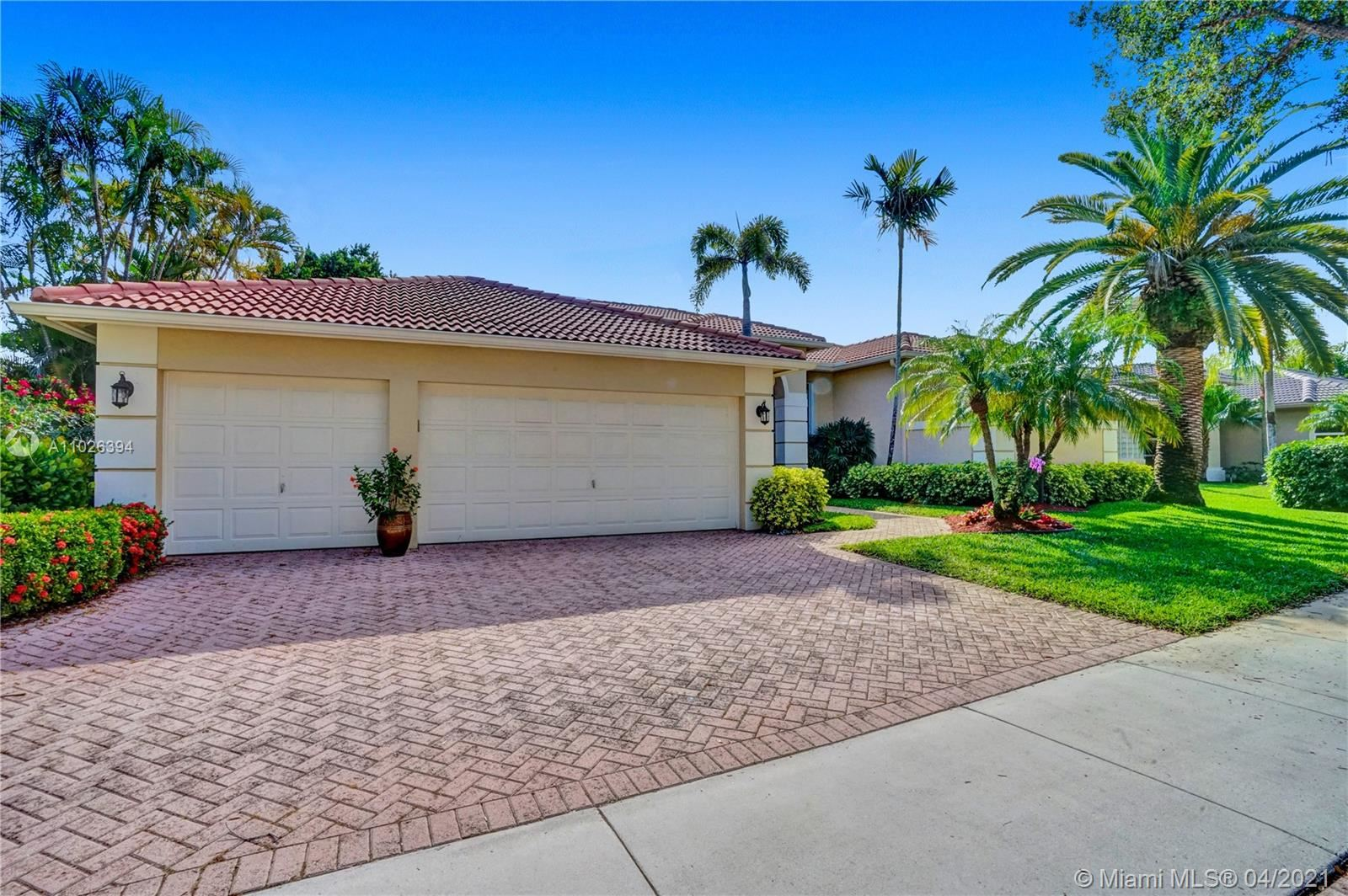 225 Landings Blvd, Weston, FL 33327 - #: A11026394