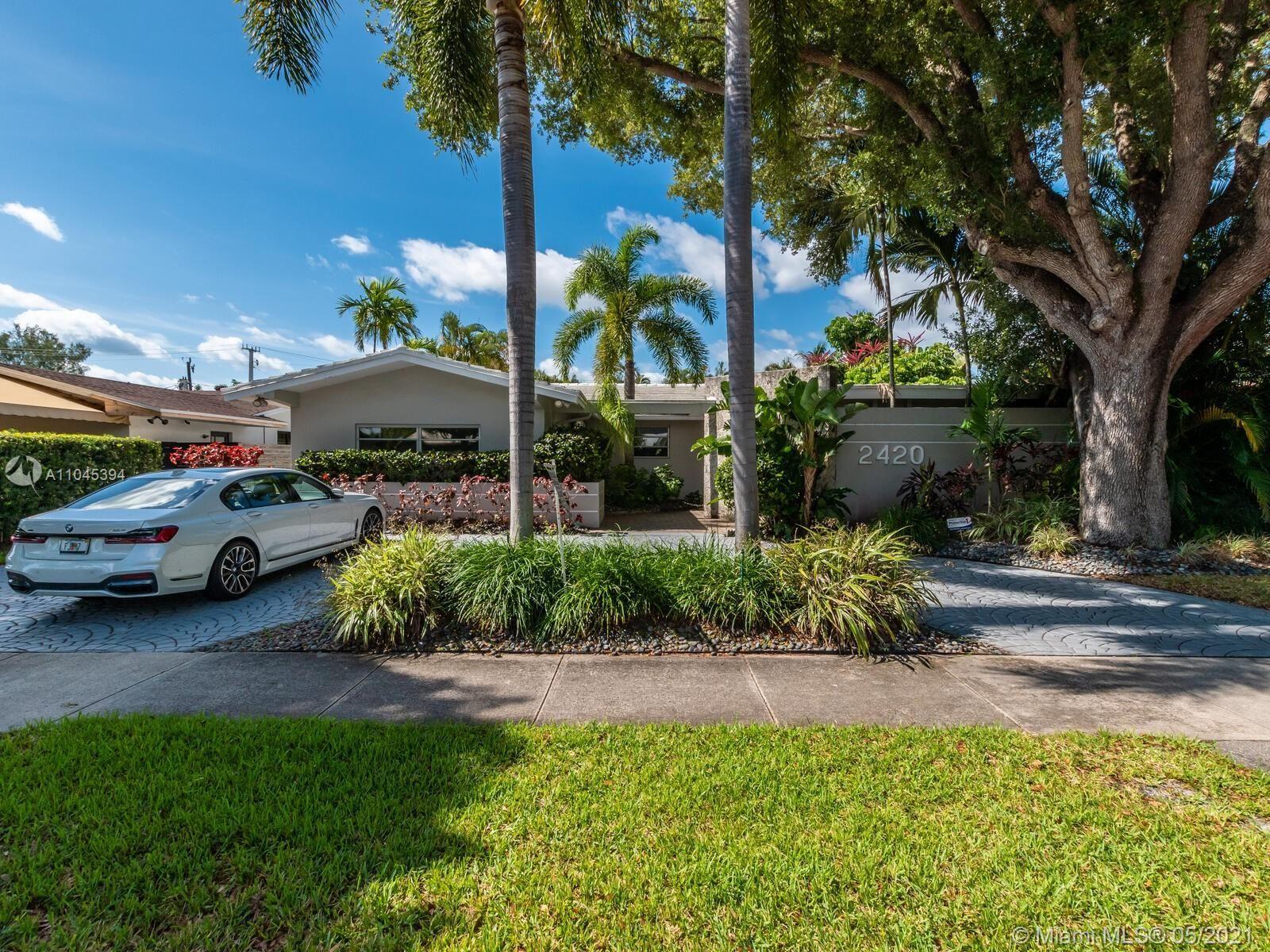 2420 NE 200th St, Miami, FL 33180 - #: A11045394