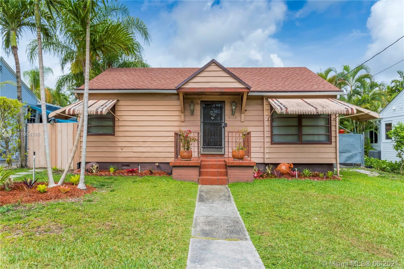 Photo of 4124 SW 62nd Ave, South Miami, FL 33155 (MLS # A11058395)