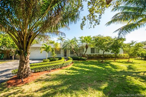 Photo of Listing MLS a10810396 in 12915 SW 83 Ct Pinecrest FL 33156