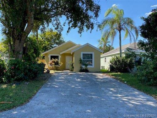 Photo of 990 SW 8th Pl, Florida City, FL 33034 (MLS # A10948396)