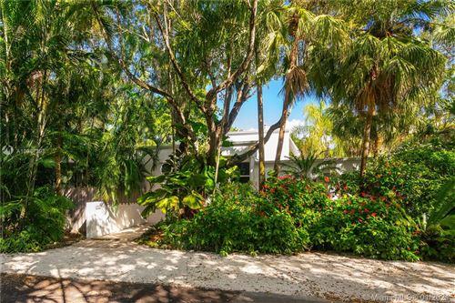 Photo of 3799 Solana Rd, Coconut Grove, FL 33133 (MLS # A10987398)