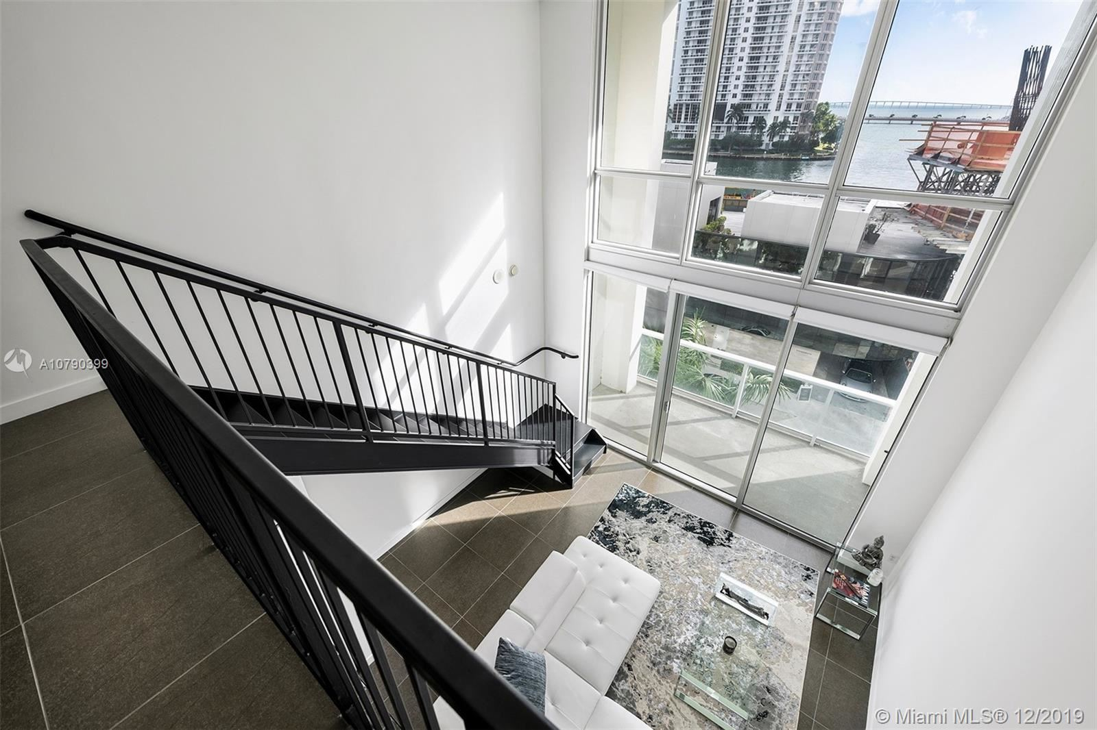 Photo 10 of Listing MLS a10790399 in 300 S BISCAYNE BLVD #L-410 Miami FL 33131