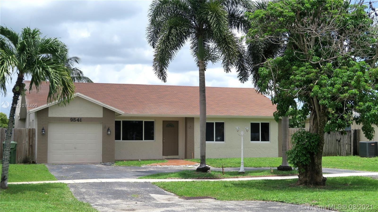 9541 Johnson St, Pembroke Pines, FL 33024 - #: A11078400