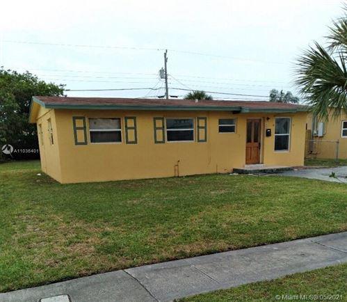 Photo of 1408 9 ST, Palm Beach, FL 33401 (MLS # A11036401)