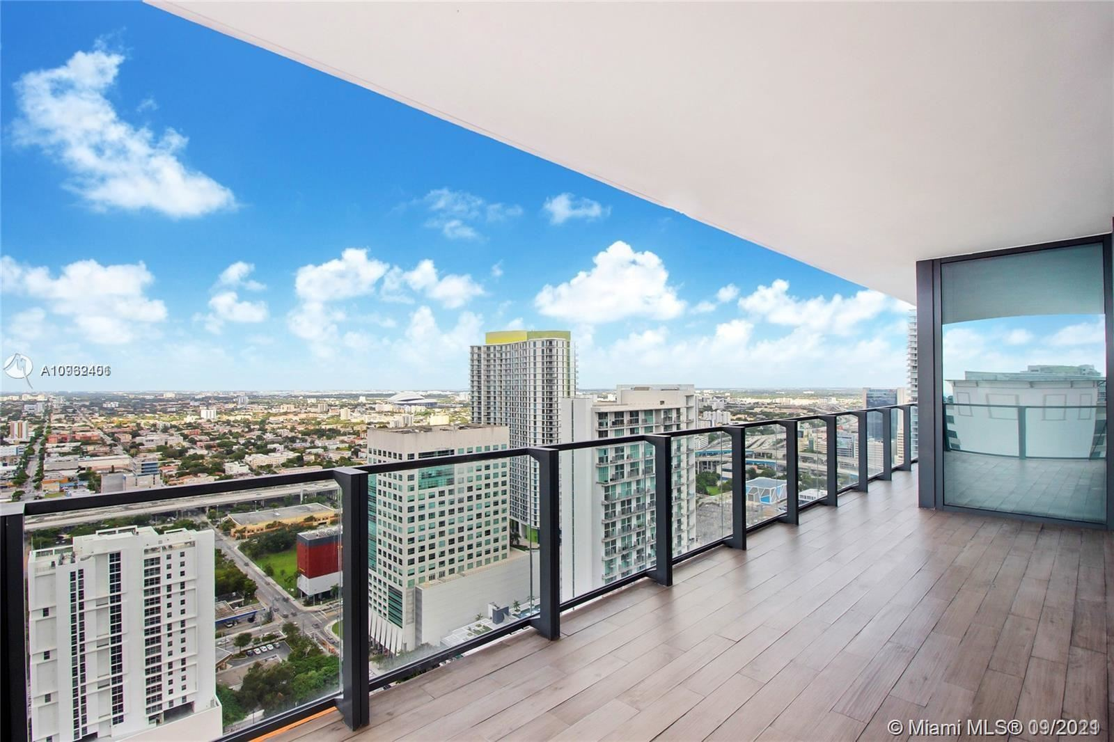Photo of 88 SW 7th St #3202, Miami, FL 33130 (MLS # A10932401)