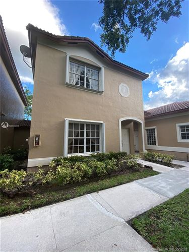 Photo of Listing MLS a10861403 in 16206 Emerald Cove Rd #16206 Weston FL 33331