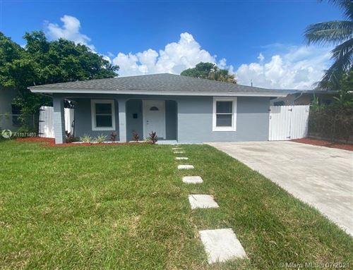 Photo of 1025 S D St, Palm Beach, FL 33460 (MLS # A11071403)