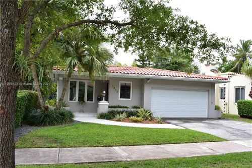 Photo of 1412 Medina Ave, Coral Gables, FL 33134 (MLS # A11046404)