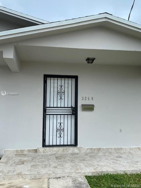 Photo of 3259 SW 28th St #0, Miami, FL 33133 (MLS # A10896404)