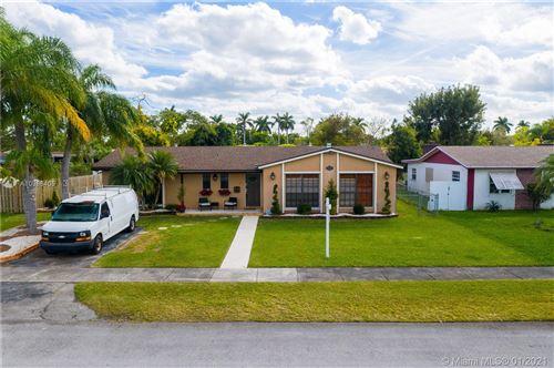 Photo of 9102 SW 182nd St, Palmetto Bay, FL 33157 (MLS # A10986405)