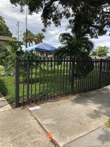 Photo of 4201 NW 183 ST, Miami Gardens, FL 33055 (MLS # A11103405)