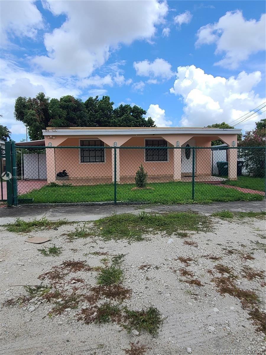 7240 NW 4th St, Miami, FL 33126 - #: A11052405