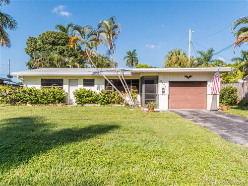 Photo of 3009 NE 2nd Ter, Wilton Manors, FL 33334 (MLS # A10743406)