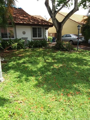 Photo of Listing MLS a10877406 in 12763 SW 60th Ln Miami FL 33183