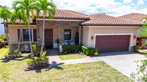 Photo of 134 SE 35th Ave, Homestead, FL 33033 (MLS # A11040406)