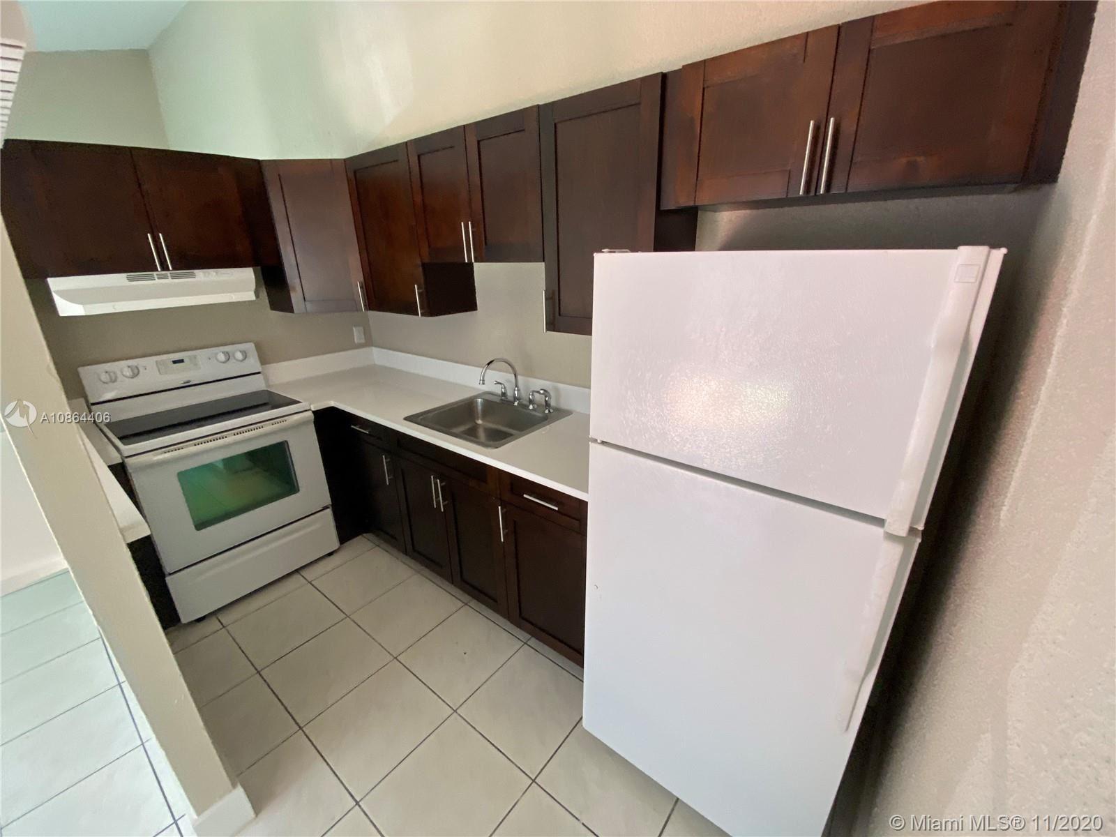 4608 NW xx, Miami Gardens, FL 33055 - #: A10864406
