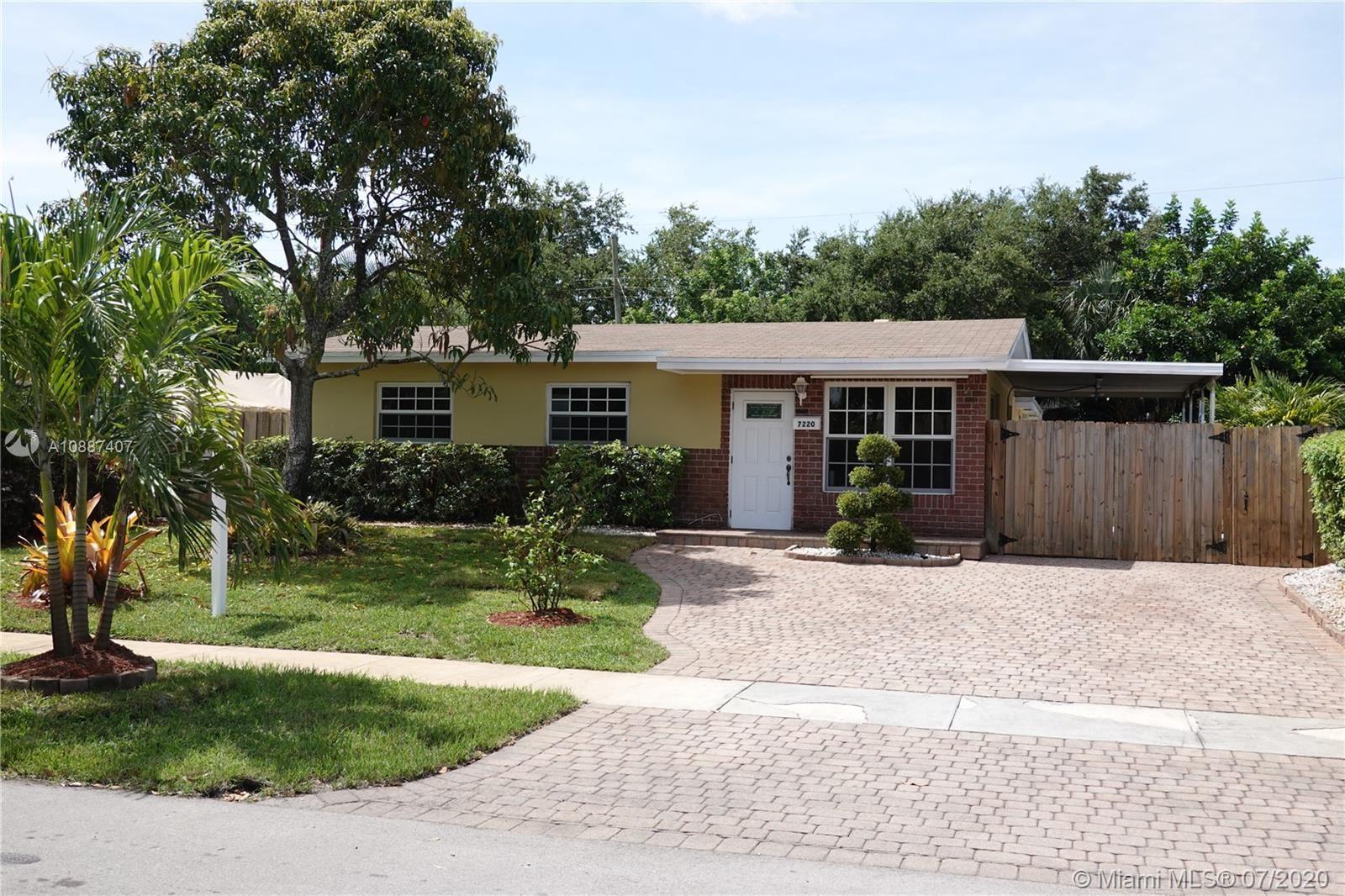 7220 Hayes St, Hollywood, FL 33024 - #: A10887407
