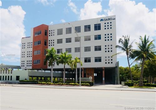 Foto de inmueble con direccion 17501 Biscayne Blvd #5E North Miami Beach FL 33160 con MLS A10777408