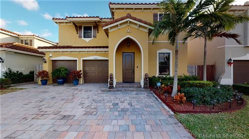 Photo of 15420 SW 173rd St, Miami, FL 33187 (MLS # A10978408)