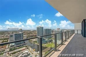 Photo of 68 SE 6th St #3904, Miami, FL 33131 (MLS # A11066410)
