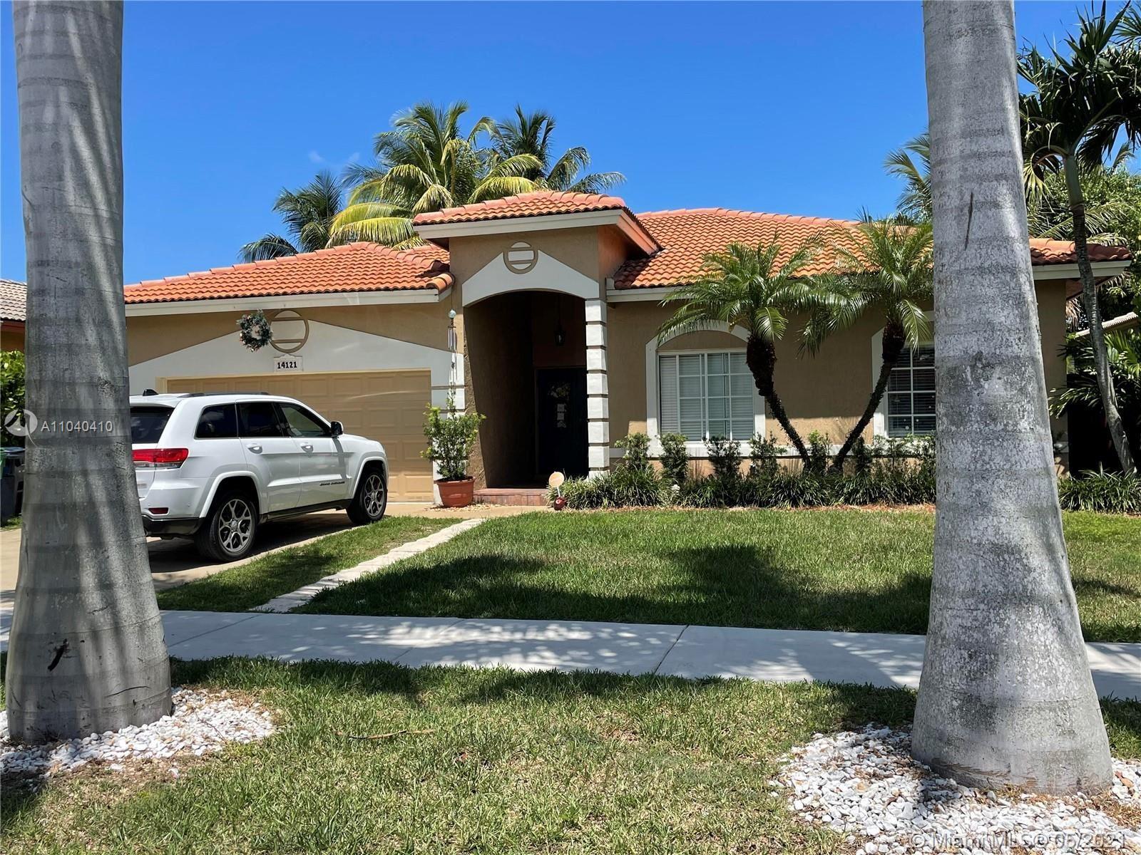 14121 SW 161st Ct, Miami, FL 33196 - #: A11040410