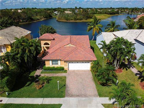 Photo of Miami, FL 33193 (MLS # A11005411)