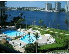Photo of 18151 NE 31st Ct #914, Aventura, FL 33160 (MLS # A11061411)