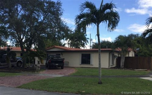 Photo of Listing MLS a10772412 in 801 Oriole Ave Miami Springs FL 33166