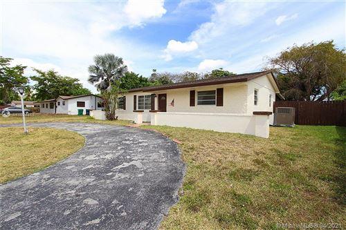 Photo of 7421 SW 137th Ct, Miami, FL 33183 (MLS # A11024413)