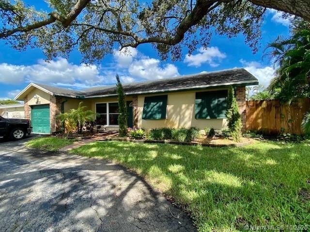 9521 S Johnson St, Pembroke Pines, FL 33024 - #: A10944413