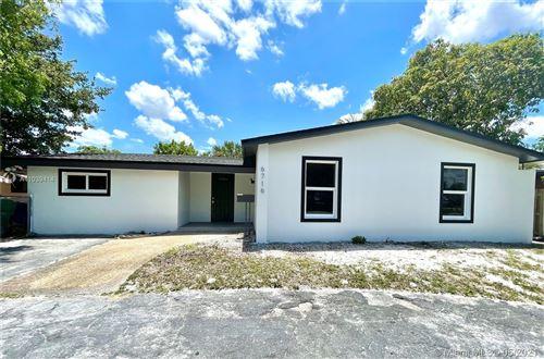 Photo of 6716 SW 33rd St, Miramar, FL 33023 (MLS # A11039414)